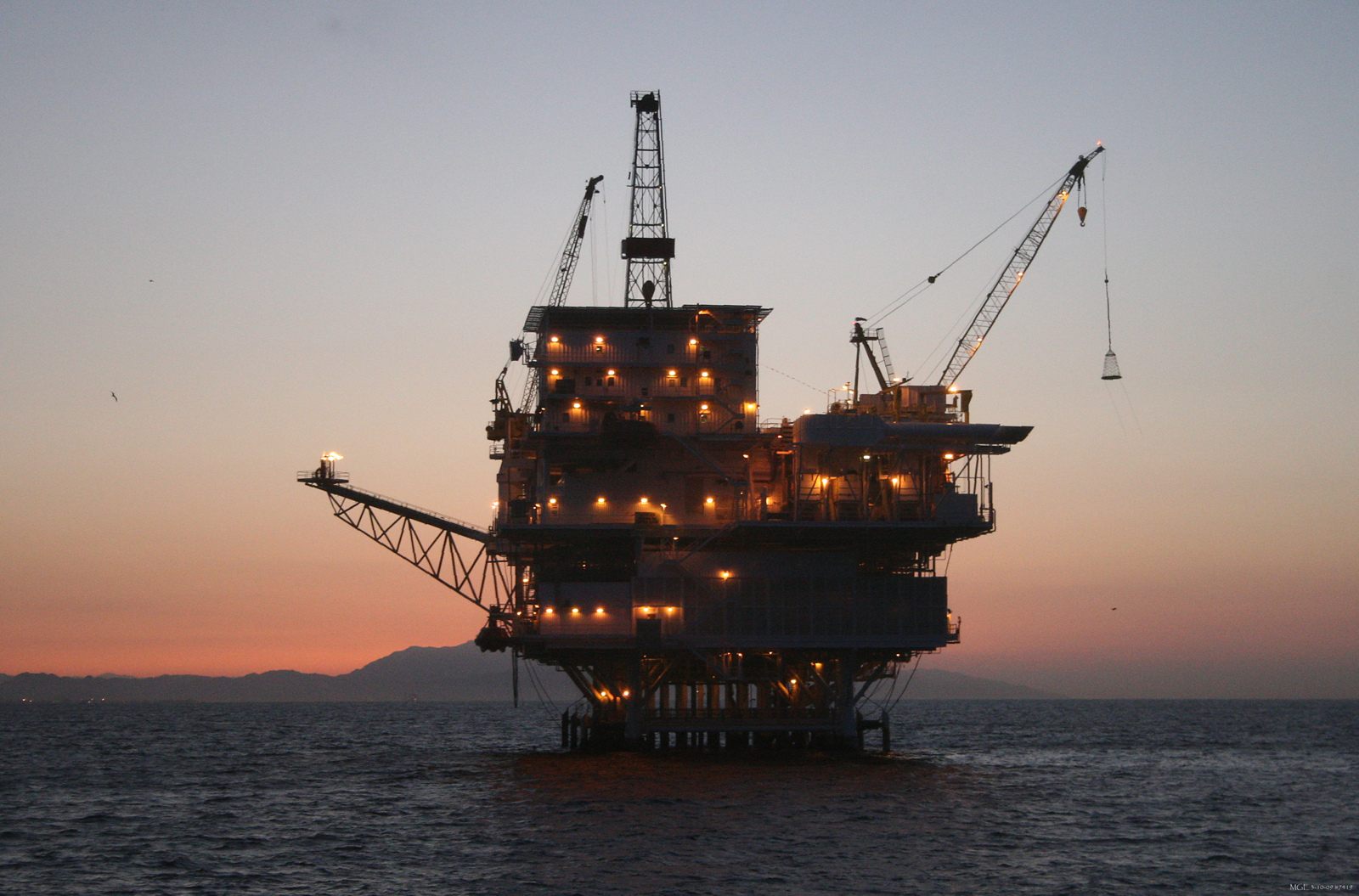 California Offshore Oil Platforms : Pictures and images for oil gas exploration